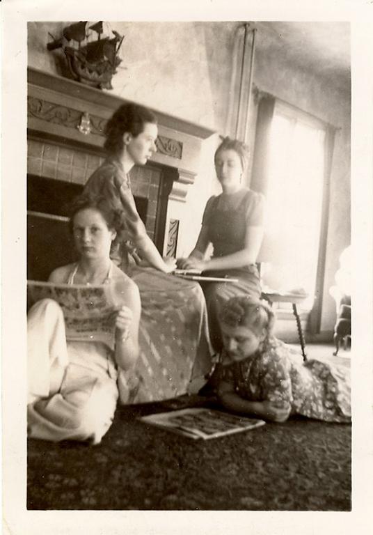 1930s Women playing Ouija