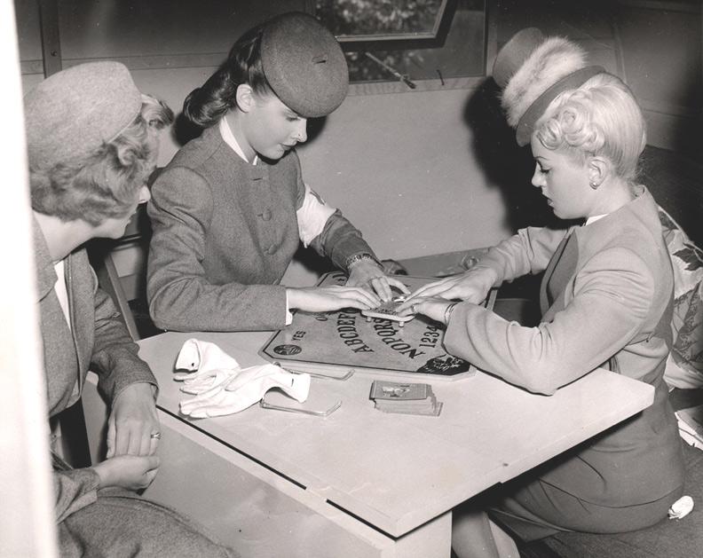 1944 Army Women Ouija